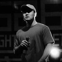 Verse (마이크 천) | Social Profile