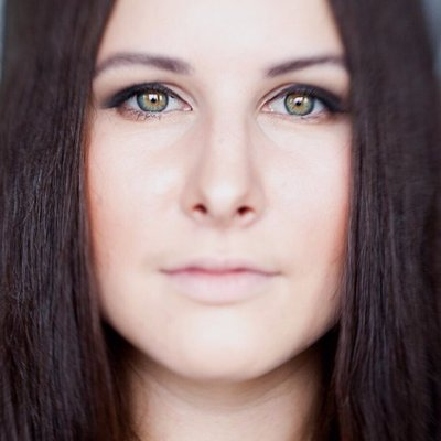 Alina Seleznyova | Social Profile