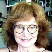 Marta Richards | Social Profile
