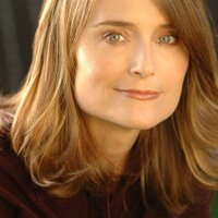 Elizabeth Karr | Social Profile