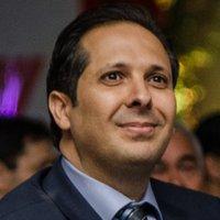 Dr. Víctor Atallah | Social Profile