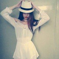 Rebecca Chow | Social Profile