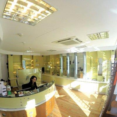 Clamp Optometrists | Social Profile