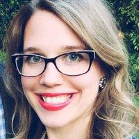 Laura Vein | Social Profile