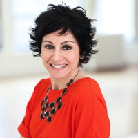 Jacqueline Peros   Social Profile
