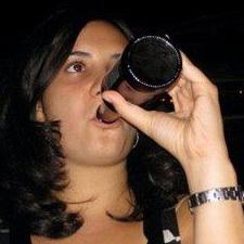 Elizabeth Oporto Social Profile