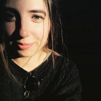 Am&a | Social Profile