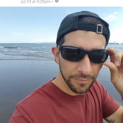 Dennis Alvarez | Social Profile