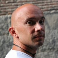 Mikhail Rozentsvayg   Social Profile