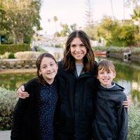 Paula Coldiron | Social Profile