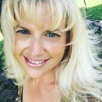Kristi Colvin  | Social Profile