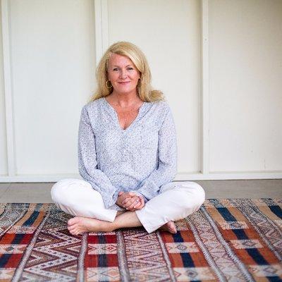 Sarah McLean | Social Profile