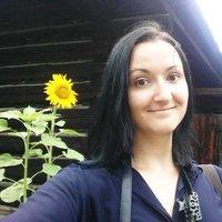 Anita Isalska | Social Profile