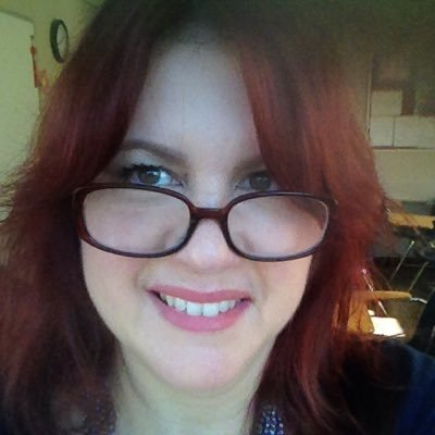 Lisa E Social Profile