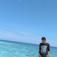 Risky Ardhana | Social Profile