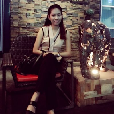 Nueng Ladyfirst | Social Profile