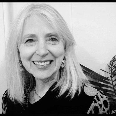 Suzie Graham ~ | Social Profile