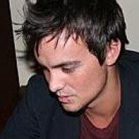 Daniel Gray   Social Profile