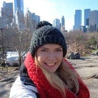 Alexandra Crisp | Social Profile