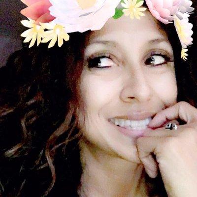 Ramona Maramonte | Social Profile