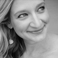 Julianna Vorhaus | Social Profile
