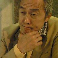 バッキー・井上   Social Profile
