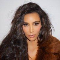 Ж Yasmin Kardashian | Social Profile