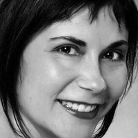 Deanna Taus | Social Profile