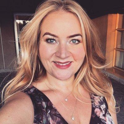 Anna Scholz | Social Profile