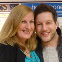 Tracy Hollowood | Social Profile