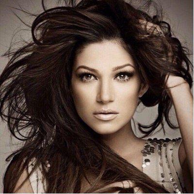 Victoria Diaz | Social Profile
