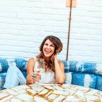 Nikki Martin | Social Profile