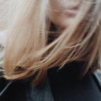 サラ ♒ | Social Profile