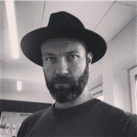 Aaron Bateman | Social Profile