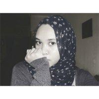 Apriliani Khalifa S.   Social Profile