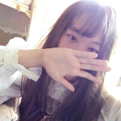純白 Social Profile