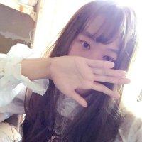純白 | Social Profile