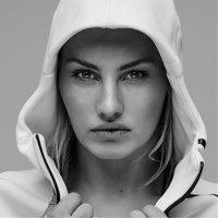 Lauryn Eagle | Social Profile