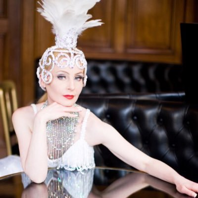 Julie-ann Laidlaw  | Social Profile