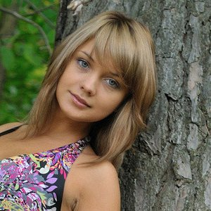 Алина Козловцева (@alinka122383)