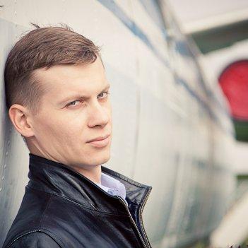Алексей (@AwesomeLeono)