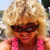 Pauline Barclay | Social Profile
