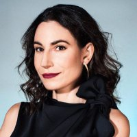 Kristen Vinakmens | Social Profile