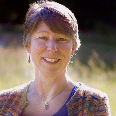 Clare Evans | Social Profile