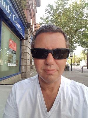 Ian Peters Social Profile