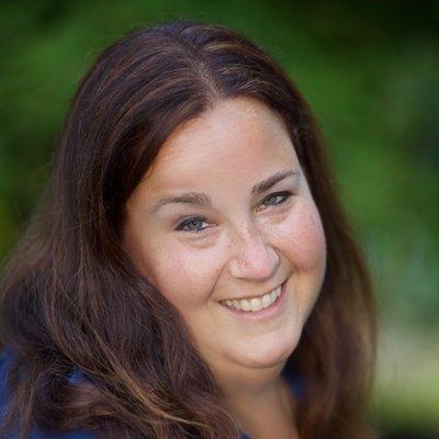 Lynda Lederer-Natale   Social Profile