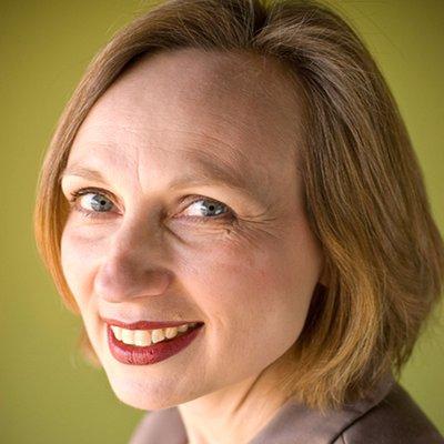 Heidi Thorne | Social Profile