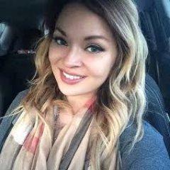 Alicia Holman (@aliciaaliciahol)
