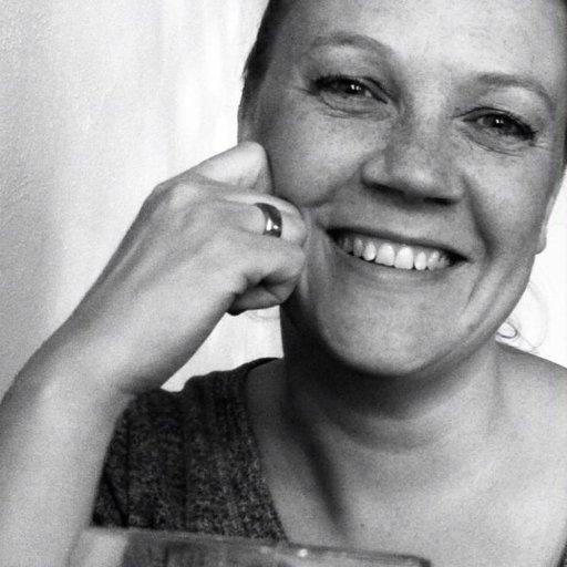 Katrine Løth