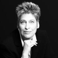 Susanne Minneker | Social Profile